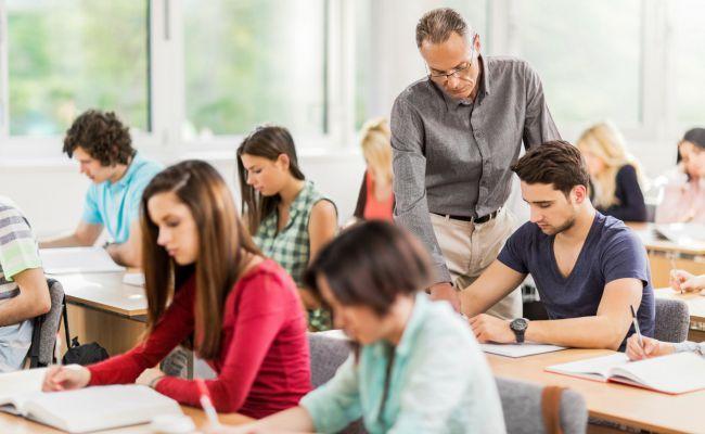 Opiniones FUNIBER Canadá: ¿Cómo motivar a los adolescentes del Canadá y Estados Unidos para que aprendan español?