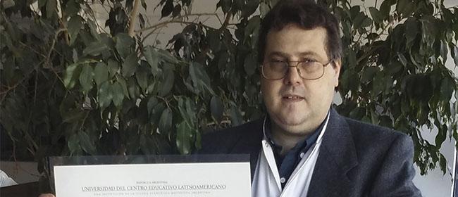 Leandro Rozada empezó a estudiar la Especialización Universitaria en Bioética aplicada al campo clínico y experimental