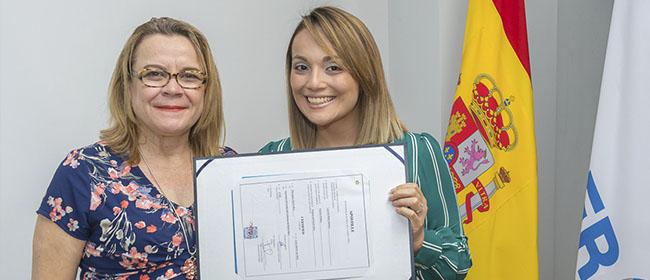 Kimberly Peñaranda Elizondo es una estudiante de Heredia (Costa Rica) que deseaba una mayor formación en Dirección y Gestión de Proyectos