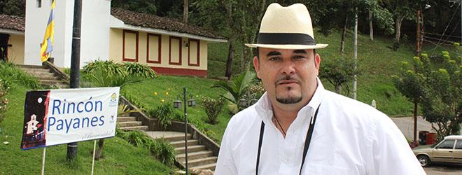 Marlon Peralta, alumno de Maestría en Dirección estratégica becado por FUNIBER